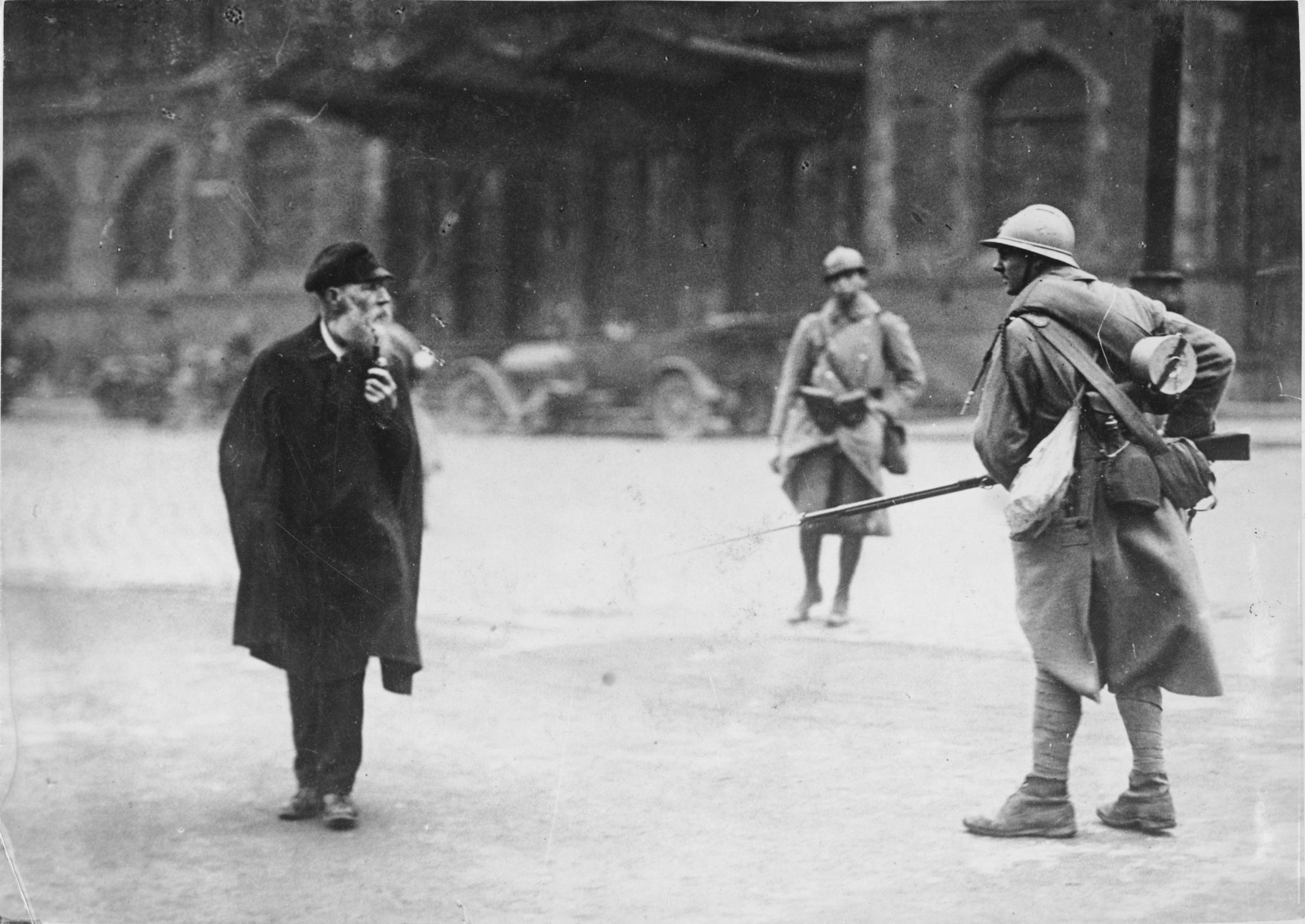 Ruhrkampf, Alter Mann, französischer Soldat