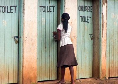 Kein stilles Örtchen in Kibera